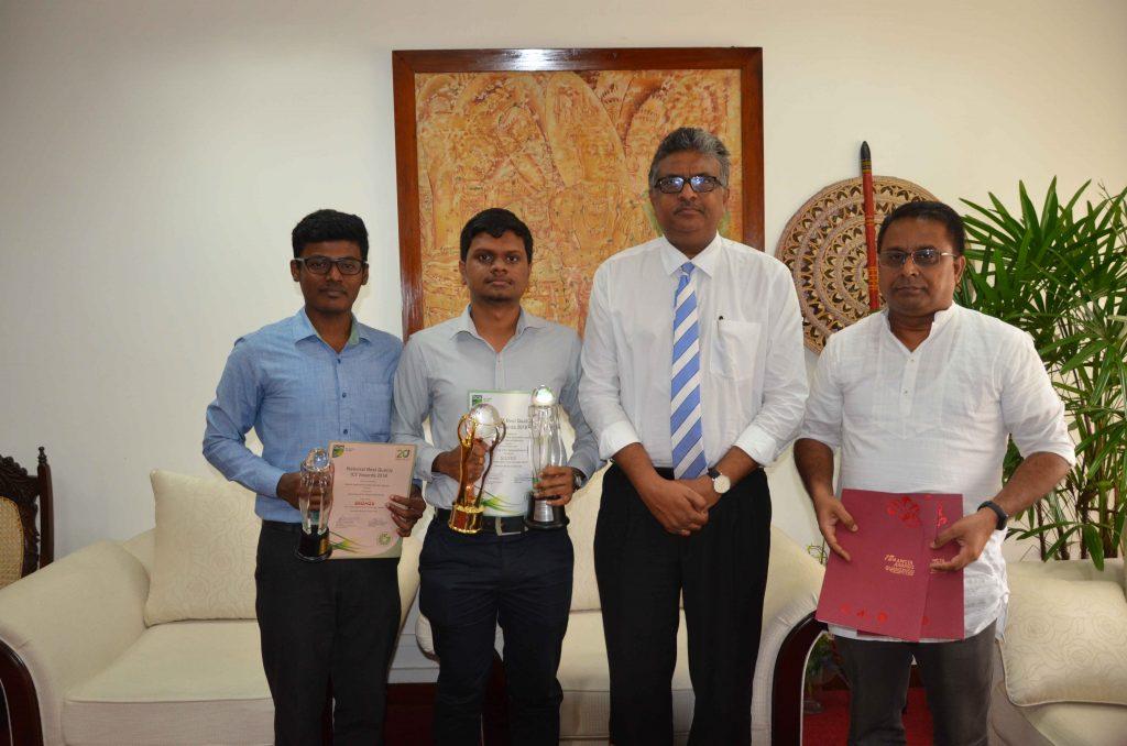 From Left: Mr. Priyankan Kirupaharan, Mr. Dulan Dias, Senior Prof. Sampath Amaratunge (Vice Chancellor, USJP) and Dr. T. G. I. Fernando